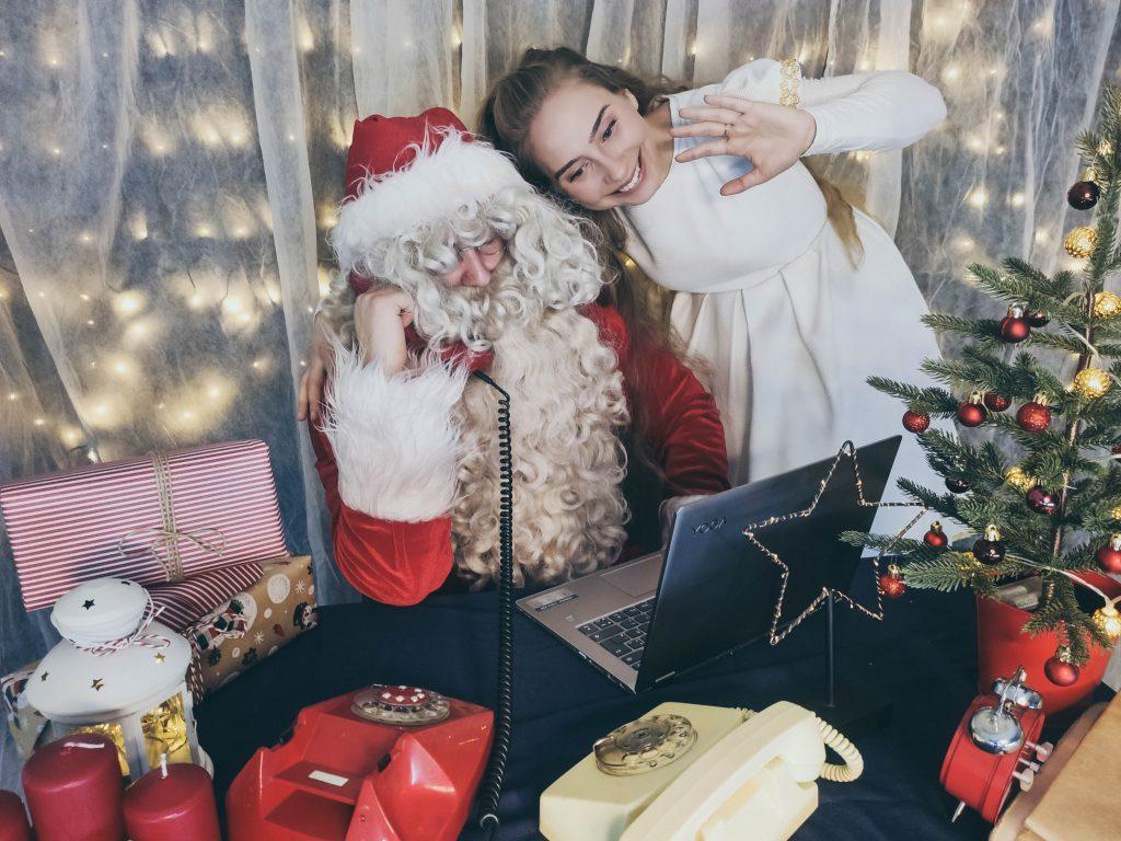 skambutis Kalėdų Seneliui